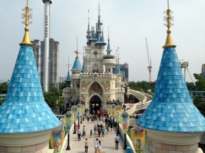 Top 6 Thrill Rides from Lotte World